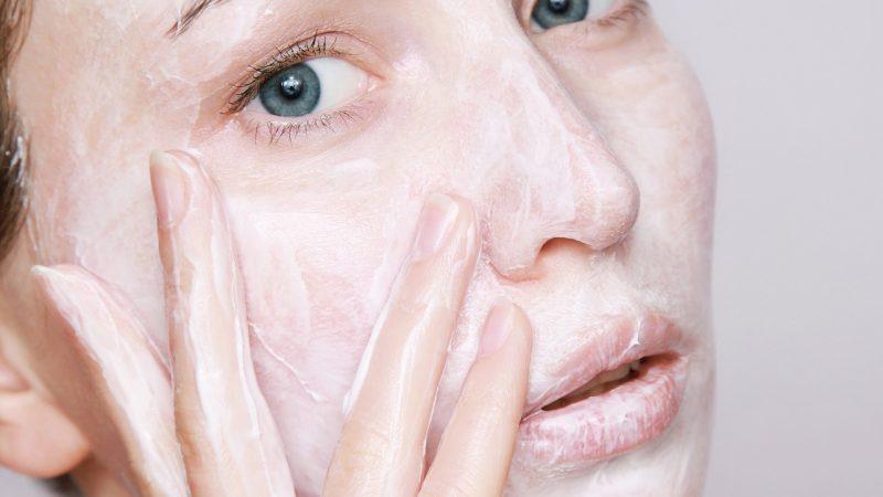 Soin de visage : 3 recettes de masque que vous pouvez faire à la maison